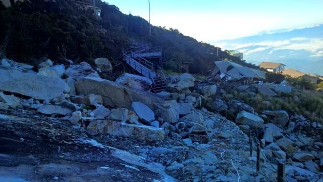 Damaged Panar Laban2b